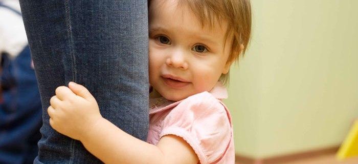 Wenn Babys zum Fremdeln beginnen brauchen viele Frauen Tipps