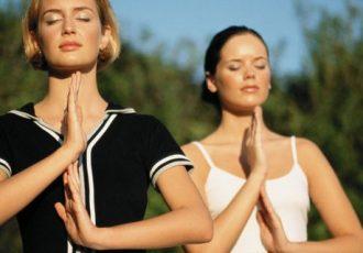 Yogareisen an die Ostsee sind vielfach bei Frauen beliebt