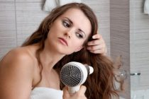 Haarausfall und Haartransplantationen bei einer Frau bringen oft auch psychische Belastungen mit sich