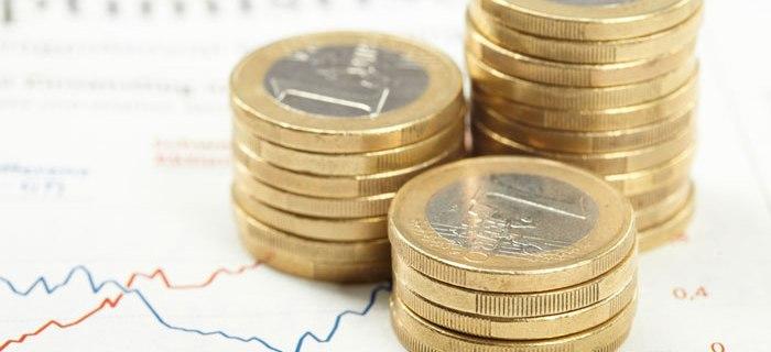 Tipps zum Geld anlegen ist ein Thema welches nicht nur Frauen beschäftigt
