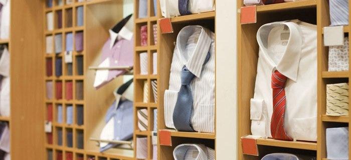 Tipps wie Frauen die passende Krawatte für einen Mann finden