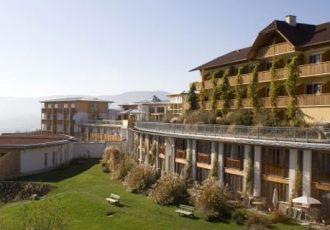Als Wellnesshotel für Freundinnen in der Steiermark bietet sich das Hotel Retter in Pöllauberg an