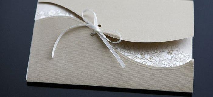 Tipps für Frauen rund um Drucksachen für die Hochzeit