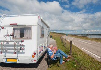 Reisen mit Auto und Wohnwagen liegt auch weiterhin voll im Trend