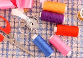 Tipps wie Frauen die richtige Nähmaschine für Zuhause finden